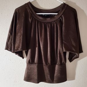 B.Wear blouse